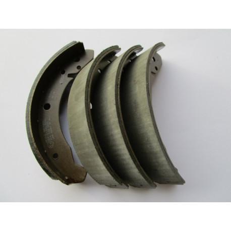 Bremsbacken 40 mm vorne /hinten